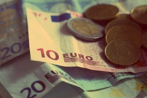 rp_money-926631_1280-300x200.jpg