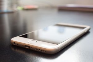 Sehr beliebt: Das iPhone (helloolly/pixabay)