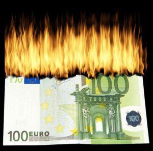 Der 90-Euro-Anruf (pixabay/WolfBlur)