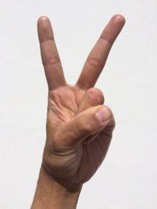 Peace-Zeichen kann gefährlich sein