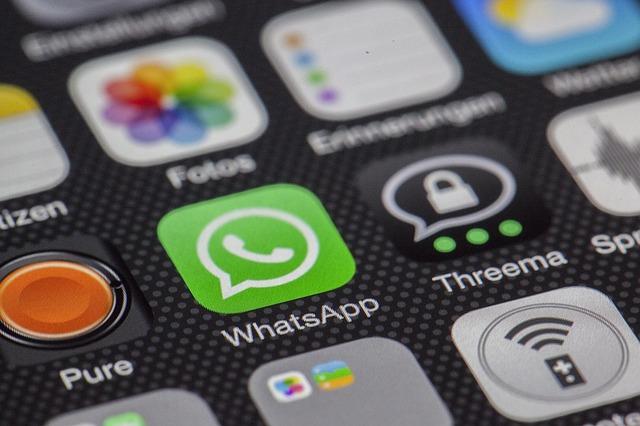 Willhaben-Phishing per WhatsApp (LoboStudioHamburg/pixabay)