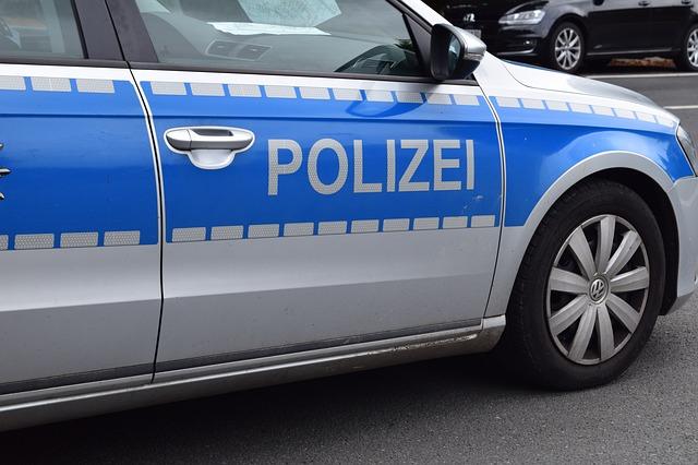 "Fake: ""Fotofixierung des Verkehrsunfalls"" (BlaulichtreportDE/pixabay)"
