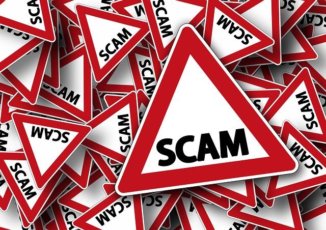Vorsicht, Scam! (geralt/pixabay)