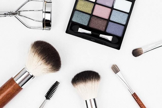 Vorsicht vor Gratis-Bestellungen bei BeautyShop International (kinkate/pixabay)