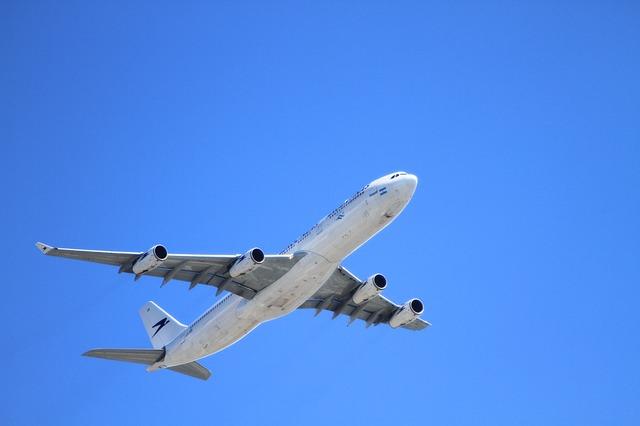 Vorsicht vor gefälschten AirAsia-Tickets! (Holgi/pixabay)