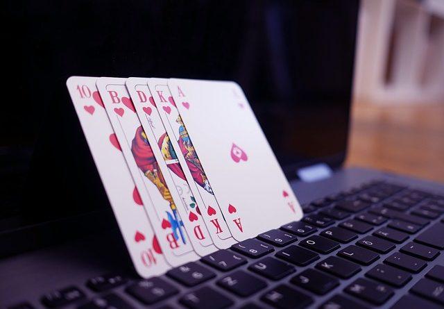 In einer sicheren Umgebung online Poker spielen